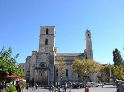 forcalquier_-_cathedrale_notre-dame_du_bourguet
