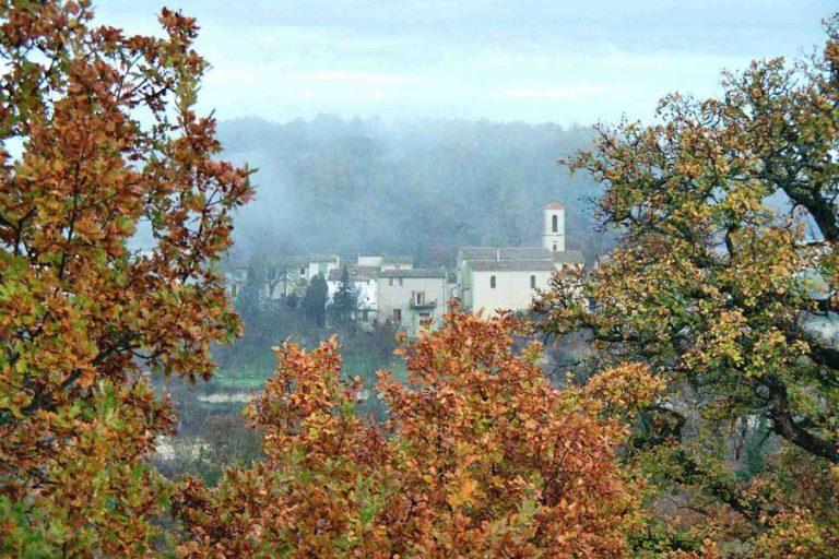 Vue du village depuis le Clos en automne